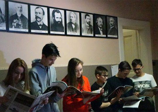 """Хермина Емирян: Увеличават се училищата, включени в програмата """"Научи се да даряваш"""""""